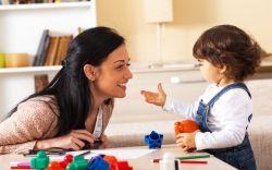 Tips Efektif Berkomunikasi yang Baik dengan Anak
