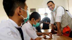 Asyik! Tunjangan Guru Tidak Akan Dipotong di Daerah Terdampak Asap