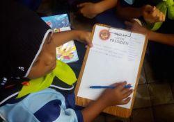Puluhan Siswa SD Kirim Surat ke Presiden Jokowi
