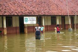11 Sekolah di Jaktim Rawan Banjir
