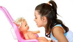 Tips Meningkatkan Kemampuan Anak dengan Mainan