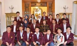 Keren, Dua Siswa SMP Sabet Medali Emas Olimpiade Sains di Korsel!
