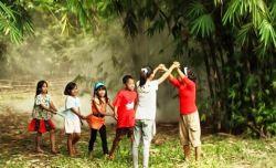 6 Manfaat Dibalik Memperkenalkan Permainan Tradisional pada Anak