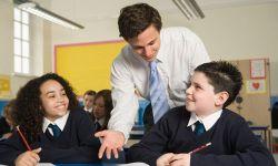 Syarat Ini Wajib Dimiliki Guru yang Baik