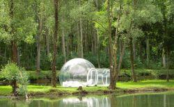 Rasakan Indahnya Alam Secara Nyata dengan Tenda Transparan Ini!
