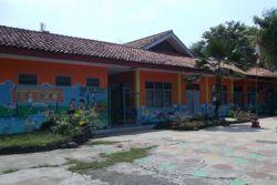 Prihatin, Sepuluh Sekolah di Bogor Mau Roboh