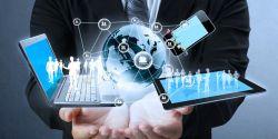 Pemanfaatan Teknologi oleh Generasi Lansia
