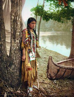 Langka, Ditemukan Foto Berwarna dari Abad ke 19 dan 20!
