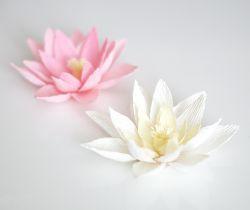 Bunga Cantik dari Kertas Krep