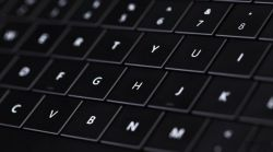 Rahasia di Balik Tonjolan pada Huruf F dan J di Keyboard