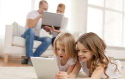 5 Hal yang Harus Orangtua Perhatikan dalam Bersosial Media