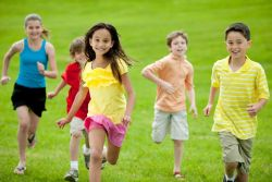 Ini yang Perlu Diwaspadai dalam Memilih Teman Anak