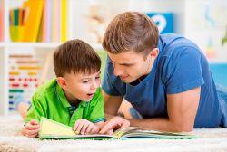 Cara Mudah Membuat Anak Lebih Cinta Buku Daripada Gadget