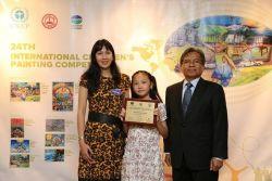 Ini Dia Salya, Juara Internasional Melukis Lingkungan Hidup