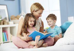 4 Tips Menyenangkan dalam Mengajarkan Anak Membaca