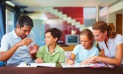 Pentingnya Orang Tua dalam Mendampingi Anak Belajar