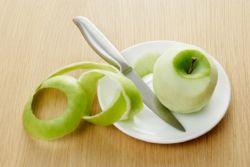 Ini Alasan Bahwa Sebaiknya Anda Tidak Mengupas Kulit Apel
