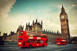 Ingin Kuliah di London? Ikuti Beasiswa International Scholarship Awards 2016