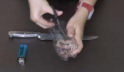 Membuat Sendok dari Botol Plastik untuk Keadaan yang Mendesak