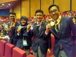 Raihan Medali Emas Putra-Putri Indonesia di Ajang International Biology Olympiad (IBO)
