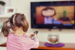Belajar Bahasa Inggris Lewat Film Buang-Buang Waktu?