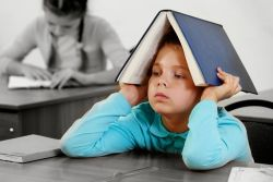 Ikuti Tips Mengatasi Kebiasaan Anak yang Suka Menunda