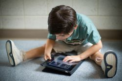 Ini Alasan Penggunaan iPad Sangat Baik untuk Anak Disabilitas