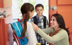 Untuk Para Orang Tua! Ini Sikap yang Harus Ditunjukkan Saat Anak Pulang Sekolah