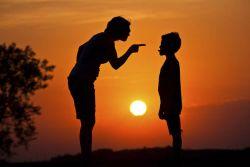 Untuk Orangtua, Simak Ciri Ciri Pola Asuh Hyper Parenting dan Akibatnya