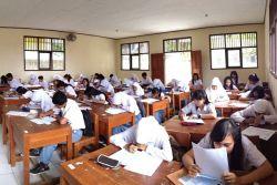 Sekolah dan Siswa Perlu Buat Surat Perjanjian Hindari Kekerasan pada Guru