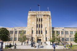 Raih Beasiswa S1 dan S2 di University of Queensland Australia!