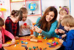 Waspadai 10 Aktivitas yang Habiskan Waktu Mengajar di Kelas
