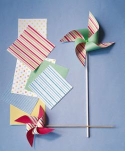 Yuk, Buat Kincir Angin yang Cantik dari Kertas