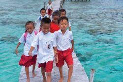 Indonesia Luncurkan Laporan Gem UNESCO 2016