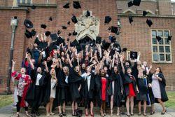 Raih Beasiswa PhD di Roehampton University, Inggris