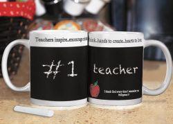 Buat Mug Papan Tulis Lucu untuk Hadiah Hari Guru!