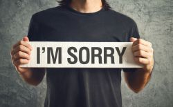 Cari Tahu Berbagai Macam Kalimat Apologizing dan Contohnya