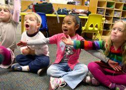 Belajar Membaca Sambil Bernyanyi