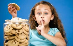 Anak Berbohong Karena Haus Pujian
