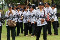 Cirebon Kurang 600 Guru PNS