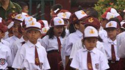 Miris, Murid SD di Jember Dihukum Gurunya Makan Lem Kertas