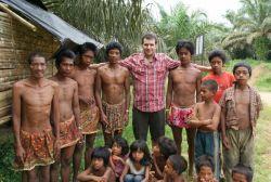 Guru Asal Bandung Temukan Metode Belajar untuk Suku Anak dalam