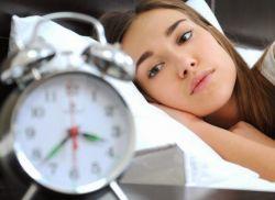 Ini 4 Makanan dan Minuman Penyebab Insomnia