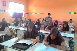 Tenang, Tak Ada Penarikan Guru PNS yang Bertugas di Sekolah Swasta
