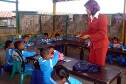 Hore, Guru Honorer Tasikmalaya Dapat Bantuan Dana Zakat Rp 50 Ribu Per Bulan!