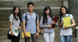 Raih Beasiswa VDMS Dana Pendidikan D3 dan S1 di 35 PTN Indonesia