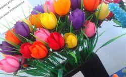 Membuat Bunga Tulip dari Sedotan Plastik