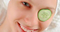 Masker Timun, Cara Sederhana Hilangkan Kantung Mata
