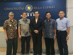 Dekan FISIP UBL Raih Emerging Scholar Awards