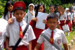 Tak Penuhi Kuota 20 Persen Siswa Miskin, Sekolah Harus Disanksi